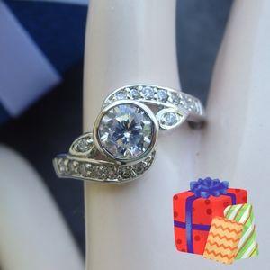 Jewelry - NEW CZ Diamond Ring